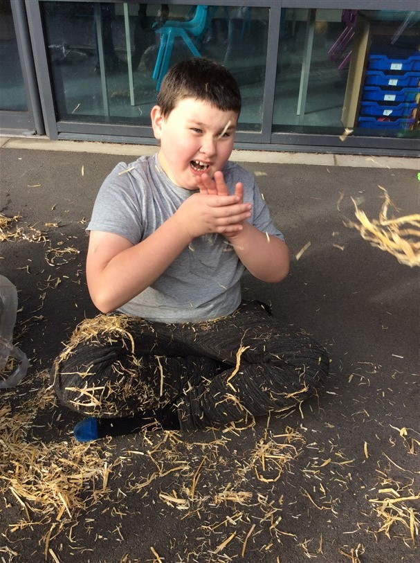 Room 7 Make A Scarecrow And Try New Foods